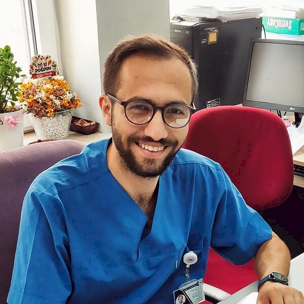 Dr. Yusuf Yeşil